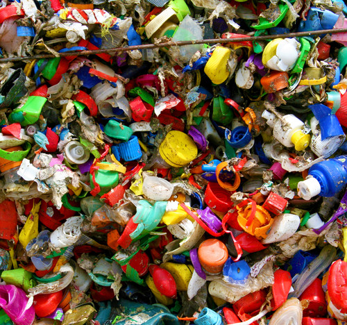 ZeitenSchrift: EU sagt dem Plastikmüll den Kampf an!